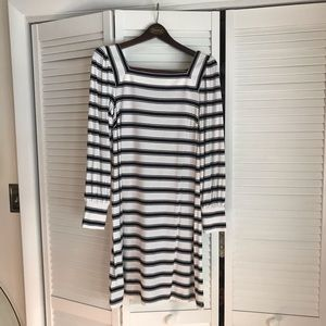 NWT Black and white square neck long sleeved dress